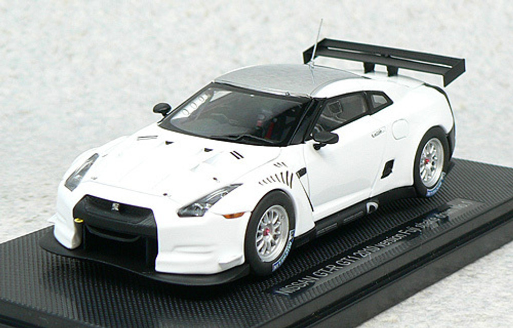 Ebbro 44317 Nissan GT-R GT1 2010Version Fuji Shakedown No.1 (White) 1/43 Scale