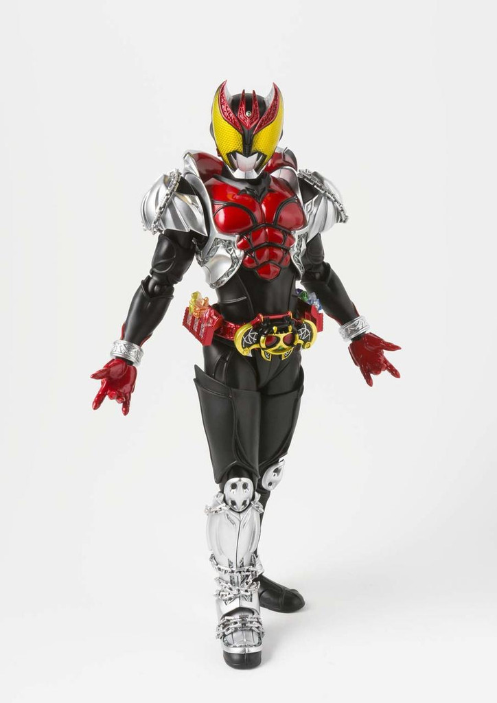 Bandai S.H. Figuarts Shinkocchou Seihou Kamen Rider Kiva: Kiva Form Figure