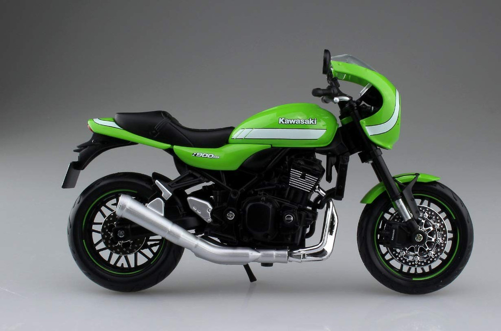 Aoshima Skynet 05030 Kawasaki Z900RS Metallic Cafe Vintage Lime Green 1/12 Scale Finished Model