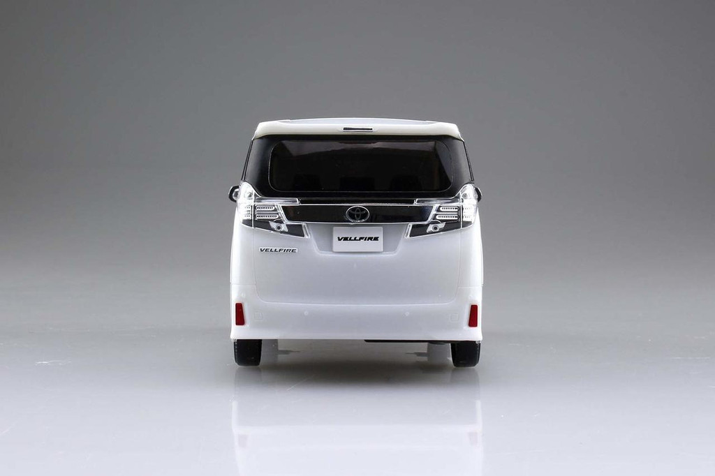 Aoshima 56301 Toyota Vellfire White Pearl Crystal Shine 1/32 Pre-painted Snap-fit Kit
