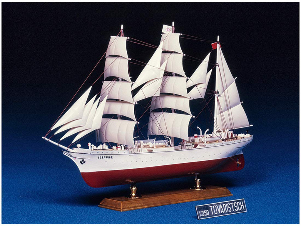 Aoshima 57155 Tovarishch (Gorch Fock I) 1/144 Scale Kit