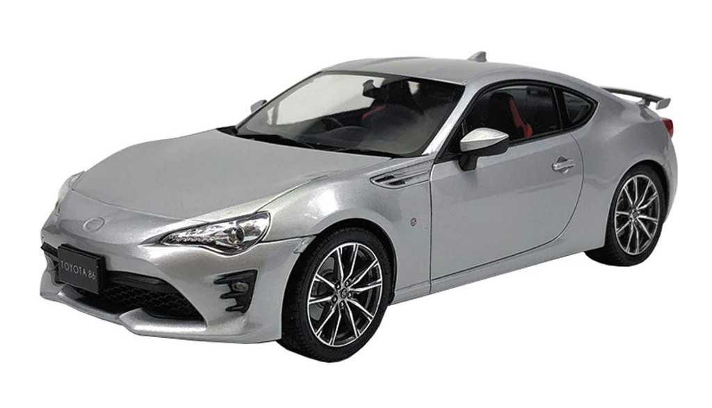 Aoshima 56493 Toyota ZN6 Toyota86 2016 Ice Silver Metallic 1/24 Scale Kit (Pre-painted Model)