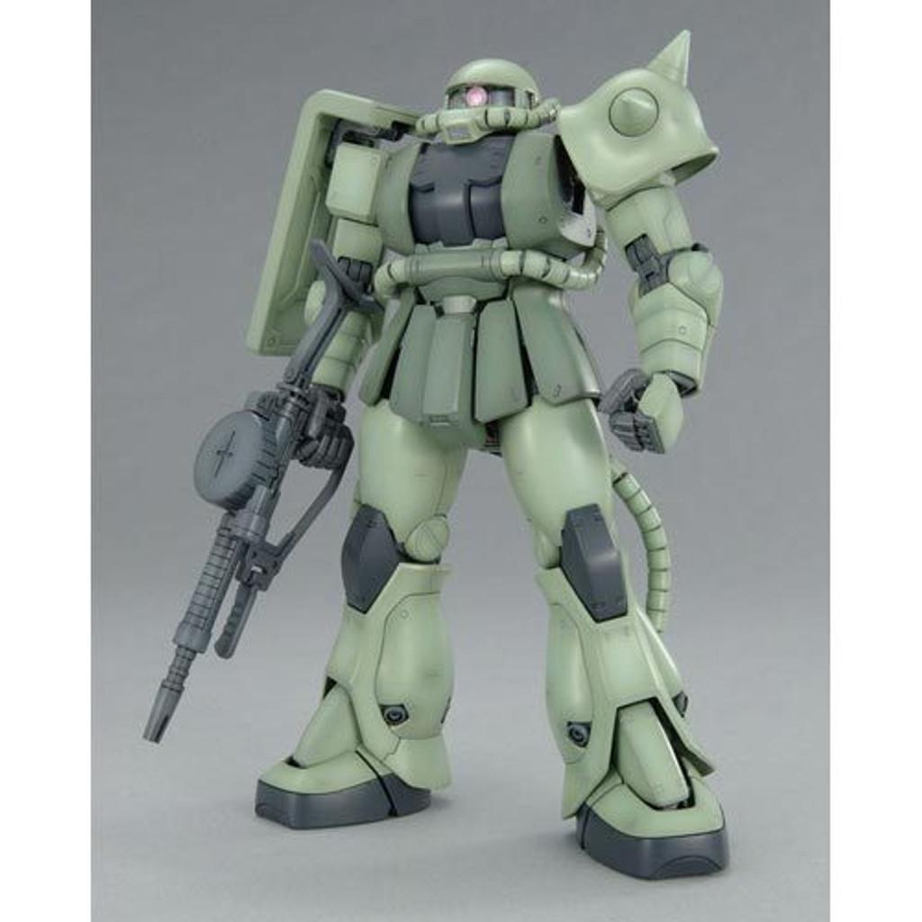 Bandai MG 531445 Gundam MS-06F Zaku II Version2.0 1/100 Scale Kit
