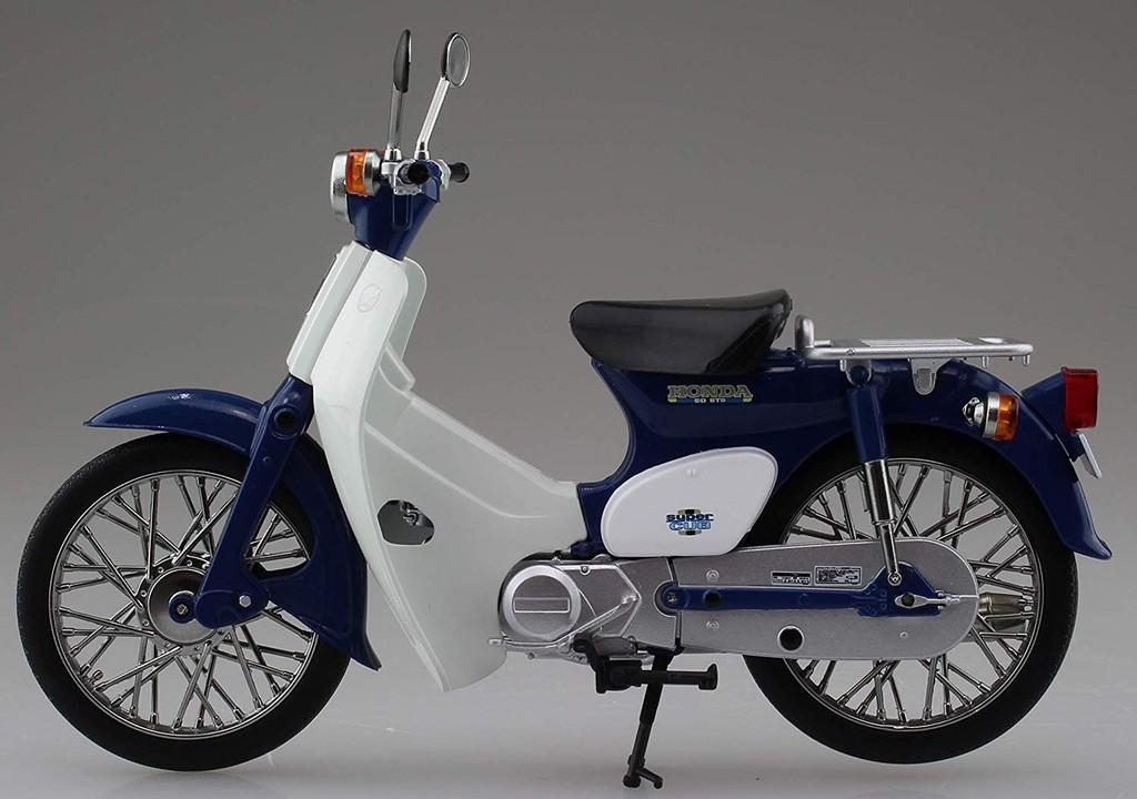 Aoshima Skynet 05665 Honda Super Cub 50 Blue 1/12 Scale Finished Model
