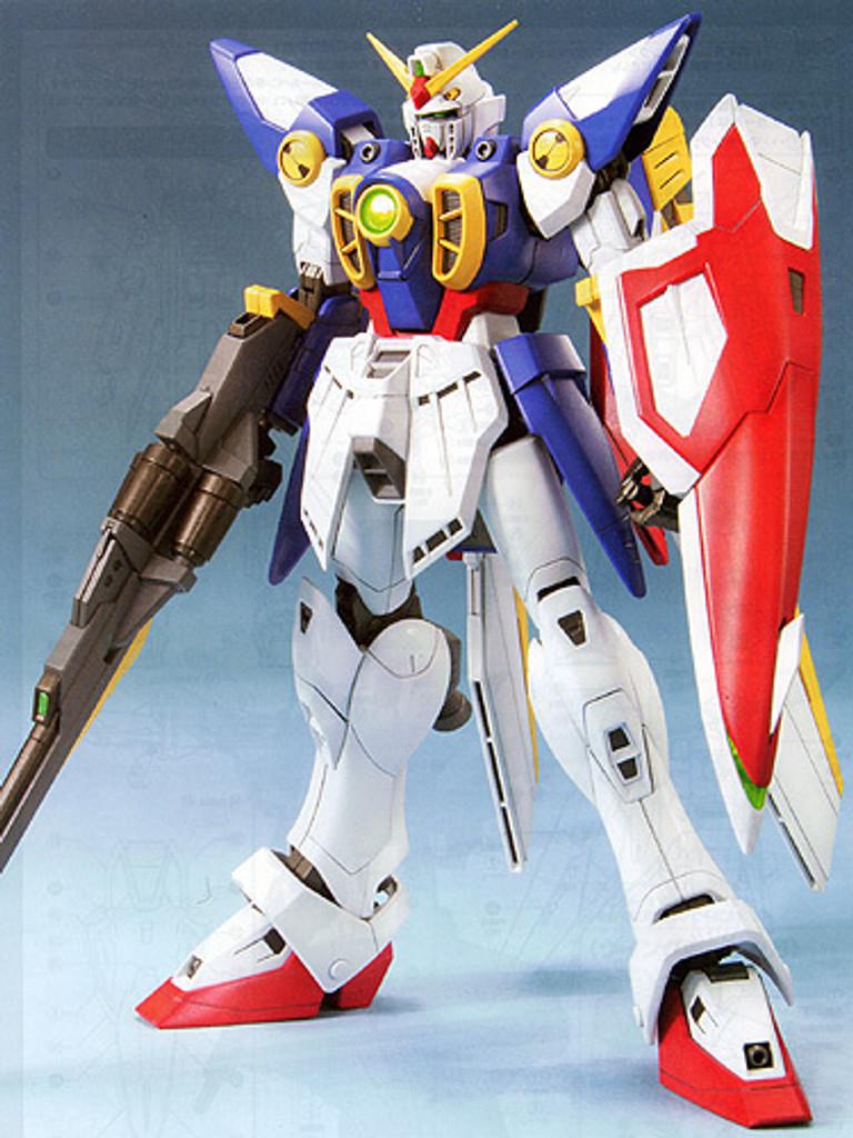 Bandai MG 623522 Gundam Wing Gundam 1/100 Scale Kit