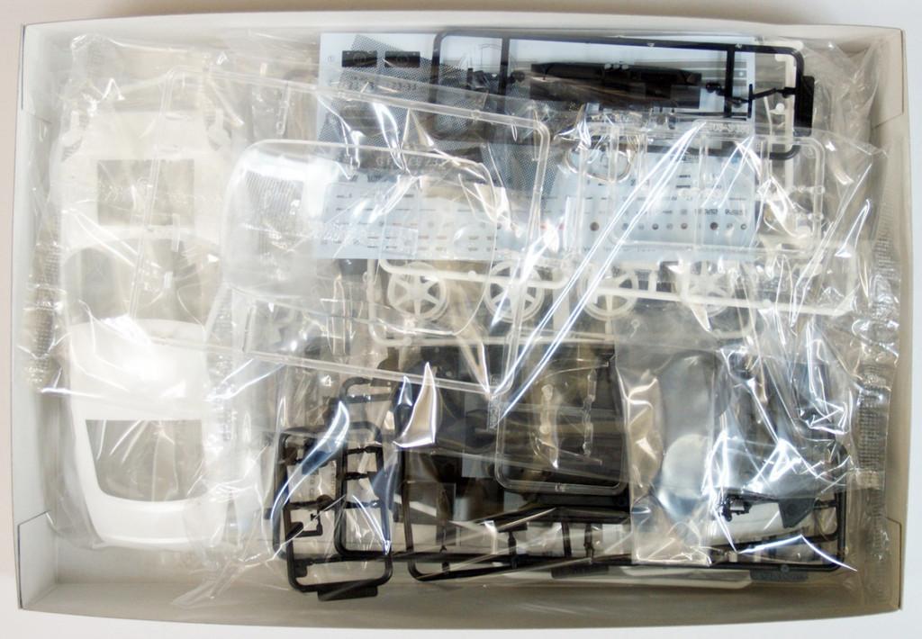 Aoshima 43028 Nissan Fairlady Z (Z33) Top Secret 1/24 Scale Kit