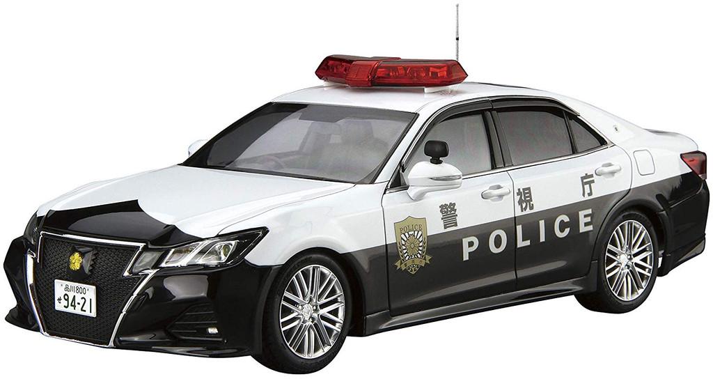 Aoshima Model Car 110 Toyota GRS214 Crown Patrol Car for Traffic Control '16 1/24 Scale Kit