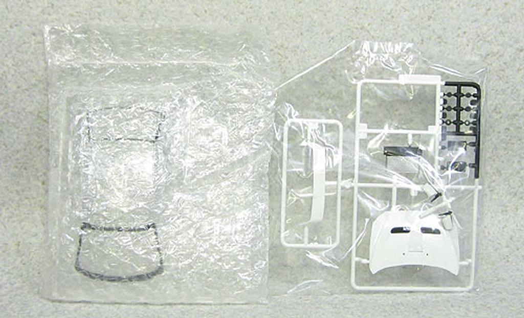 Aoshima 08034 Mitsubishi Lancer Evolution X 2009 Model White Pearl 1/24 Scale Kit (Pre-painted Model)