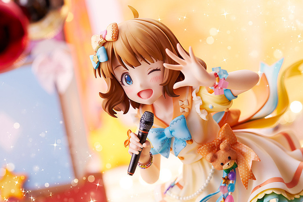 Phat! Momoko Suou: Precocious Girl Ver. 1/7 Scale Figure (THE IDOLM@STER MILLION LIVE!)