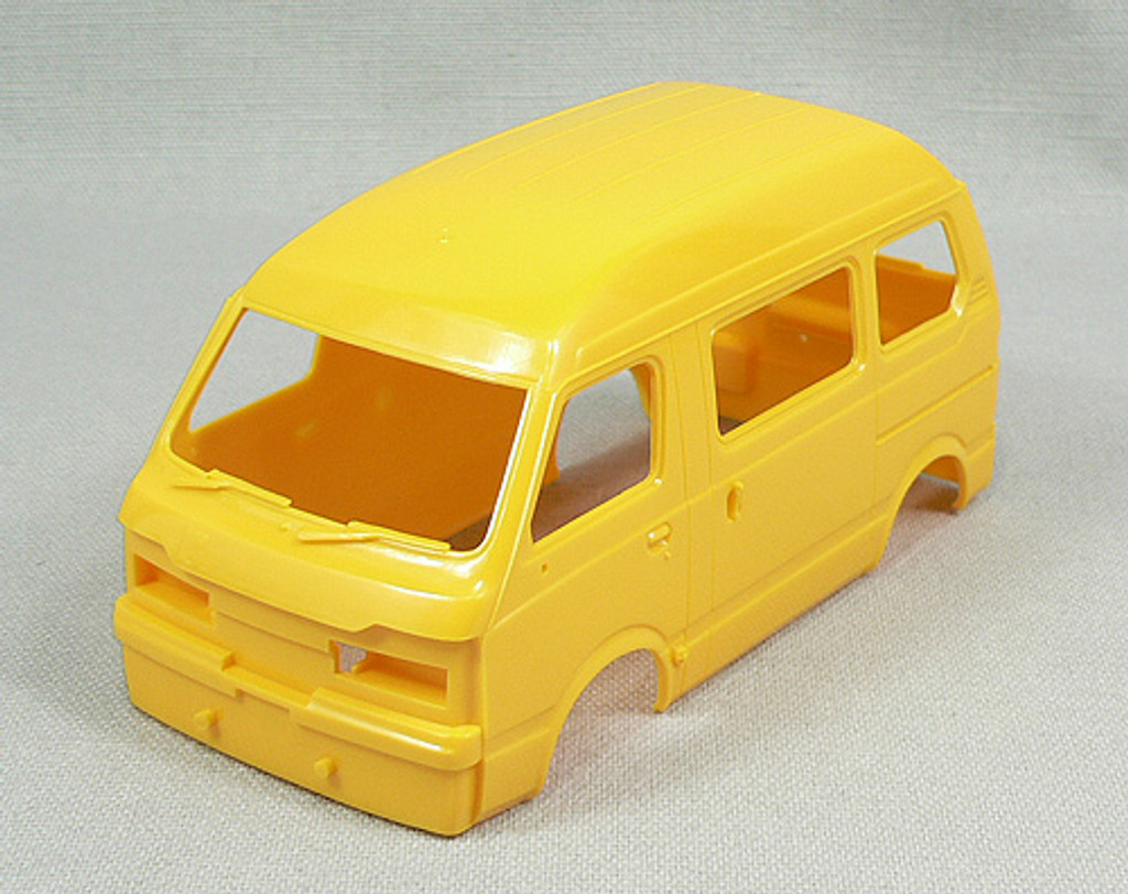 Aoshima 45671 Subaru Sambar High Roof 1980 1/24 Scale Kit