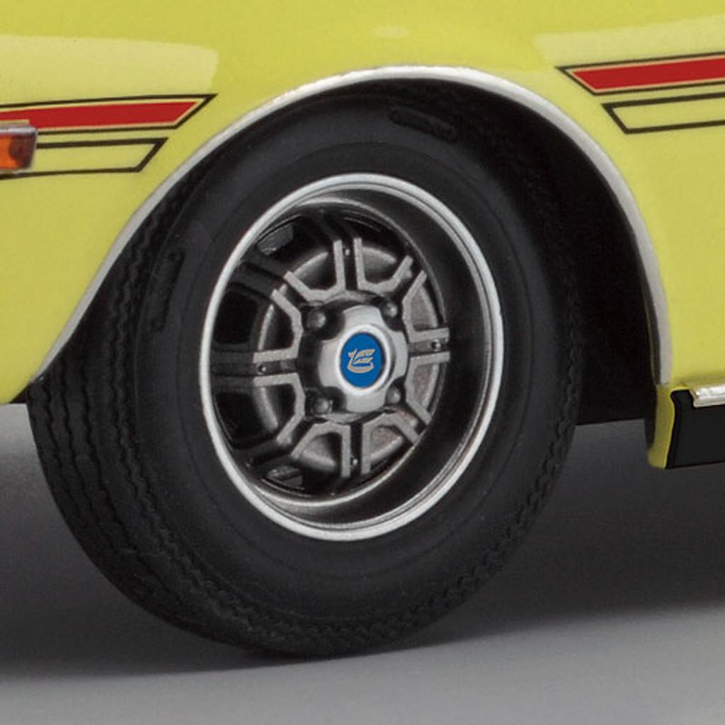 Hasegawa 20265 Toyota Celica 1600GT TA22-MQ 1970 Production Type Steel Wheel 1/24 Scale Kit
