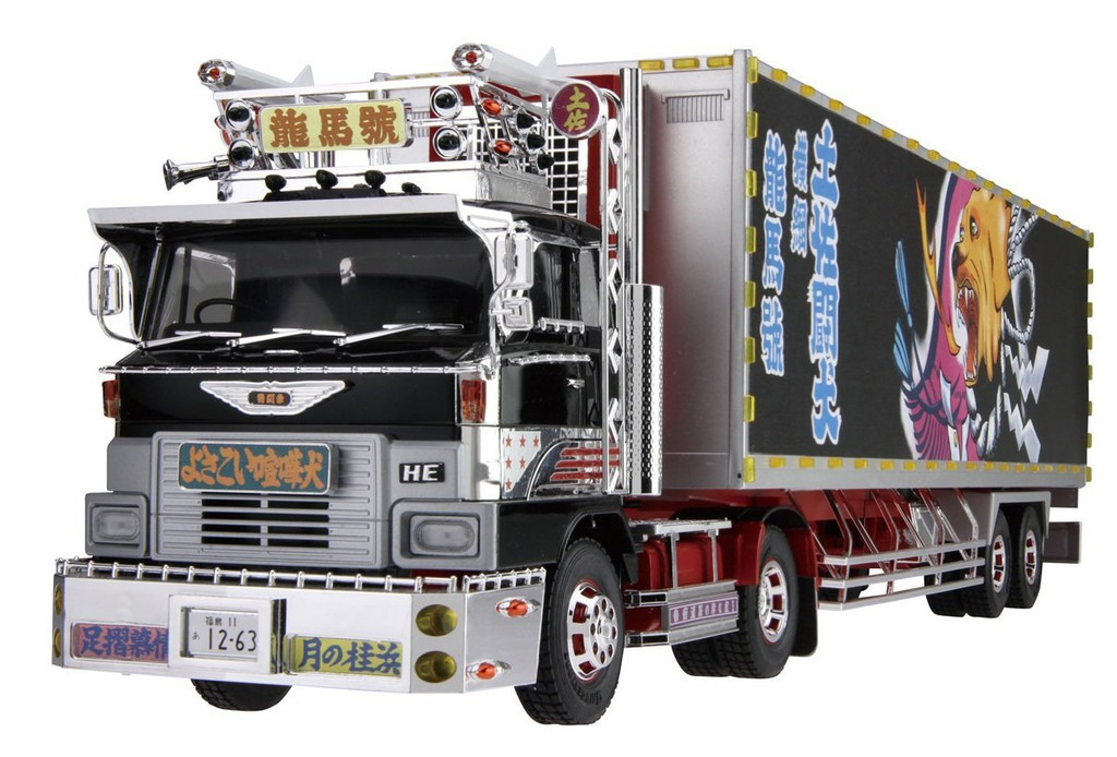 Aoshima 51252Japanese Decoration Truck Shiina Line Express Ryoma-go 1/32 scale