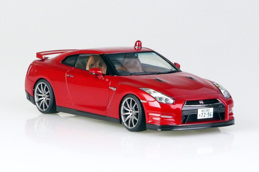 Aoshima 51405 Nissan R35 GT-R (Abunai Deka) 1/24 Scale Kit