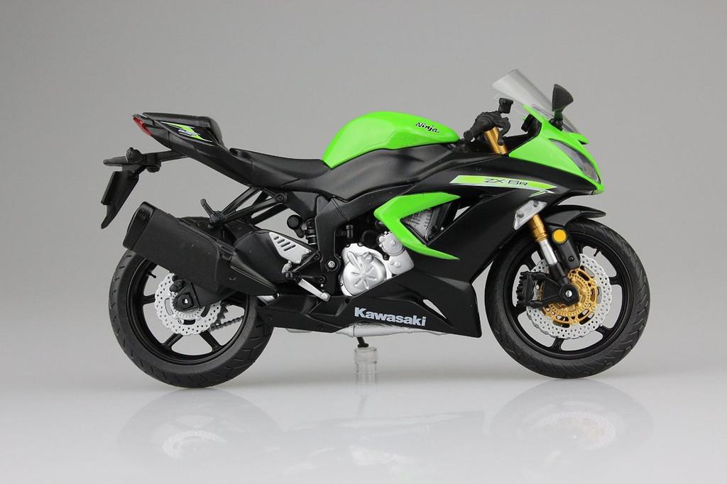 Aoshima Skynet 97748 Kawasaki Ninja ZX-6R 2014 Lime Green 1/12 Scale