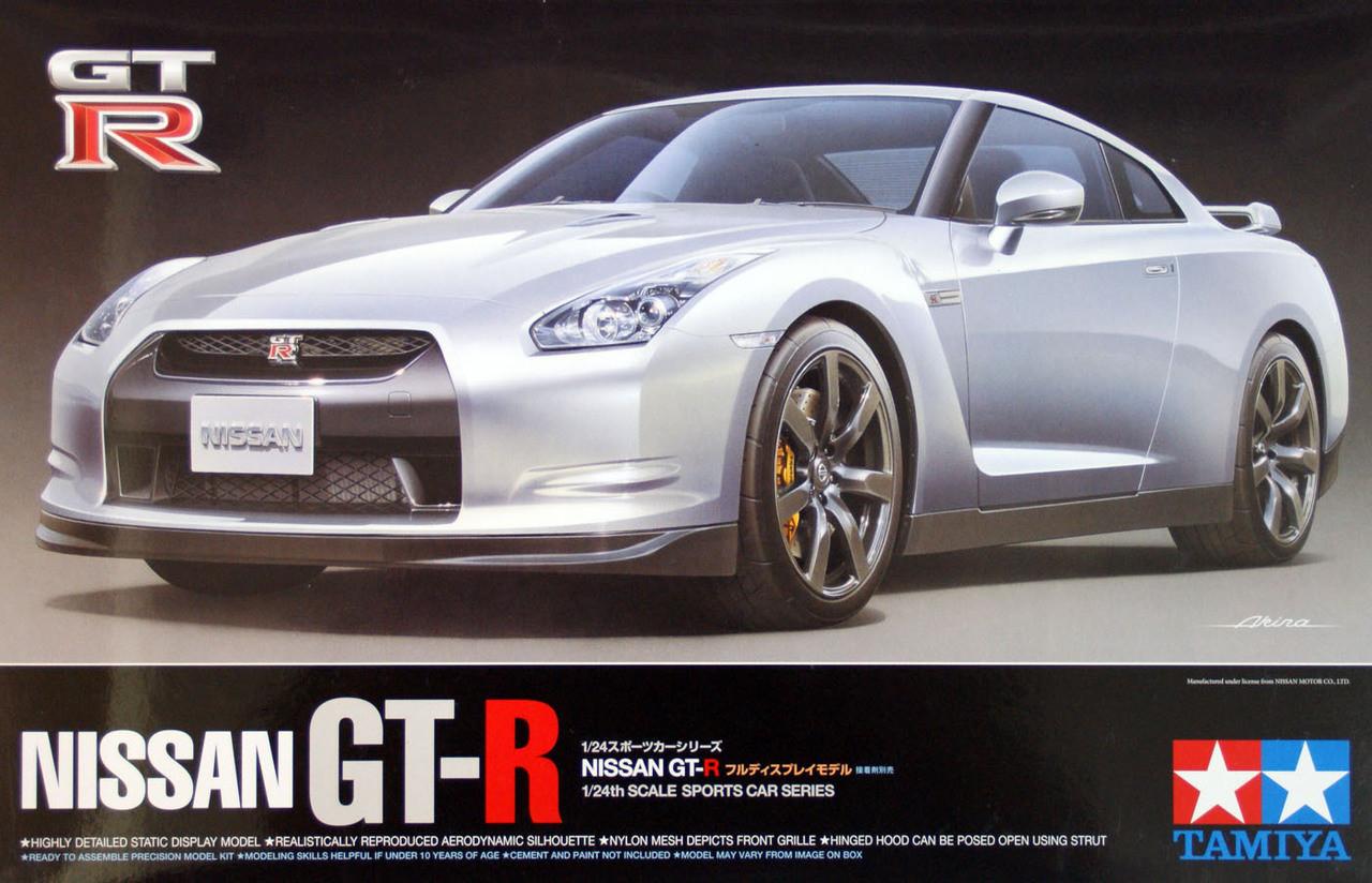 TAMIYA 24300 Nissan GT-R 1:24 Car Model Kit