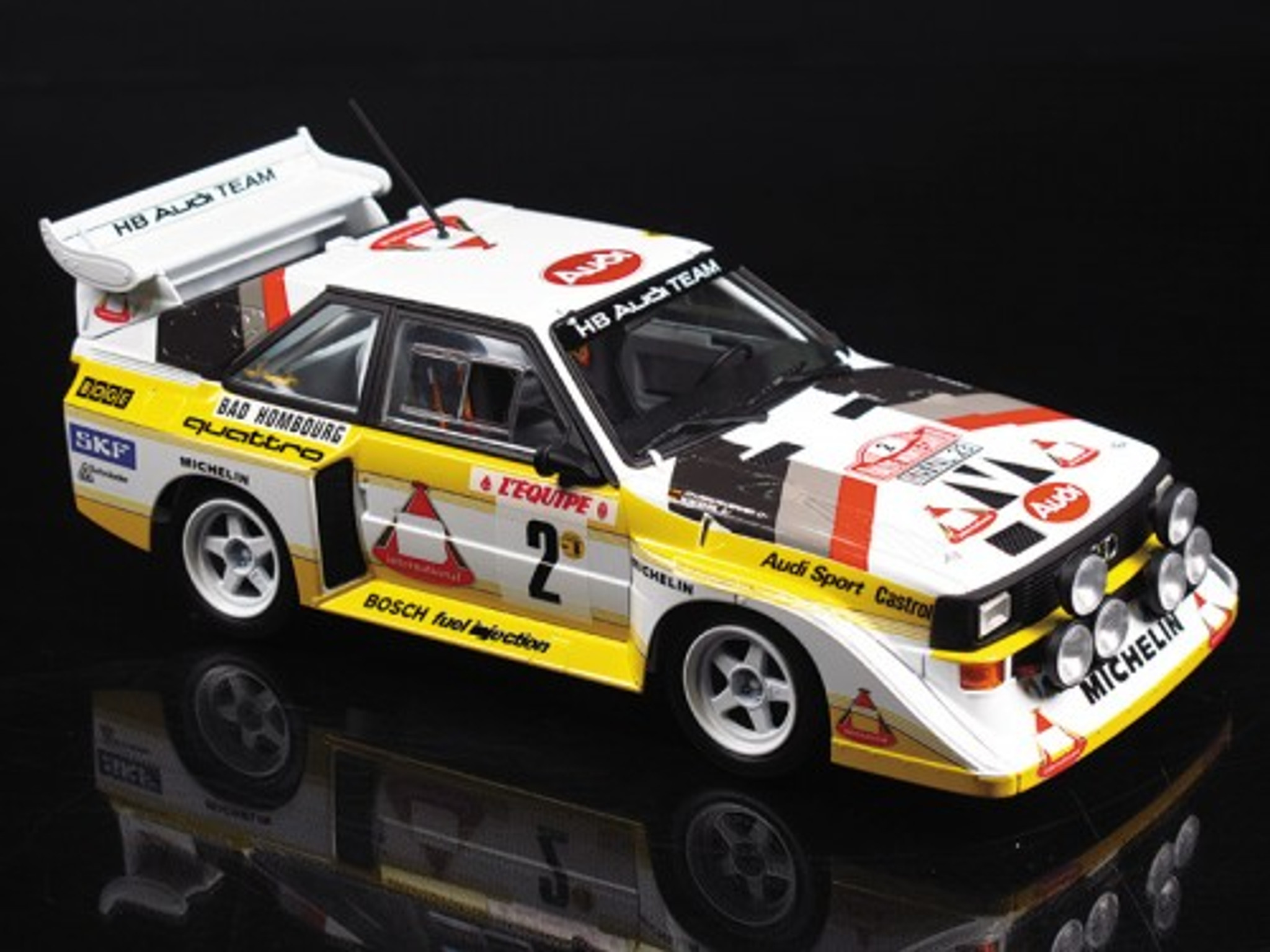 Aoshima 03982 Audi Sport Quattro S1 E2 /'86 Monte Carlo Rally Kit Model