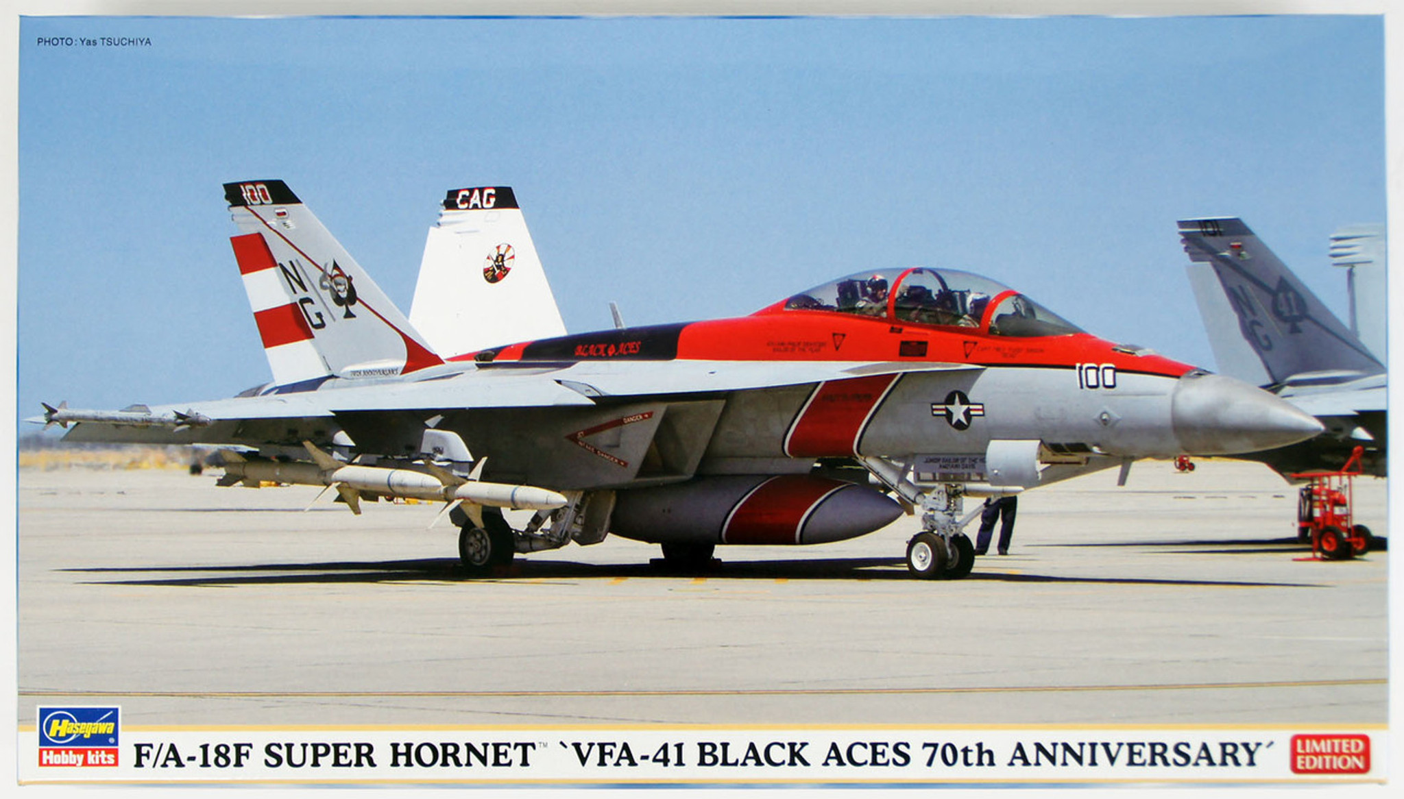 Hasegawa 02184 F/A-18F Super Hornet VFA-41 Black Aces 70th Anniversary 1/72  Scale Kit