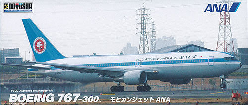 Doyusha 420270 Boeing 767-300 (Mohican Look) 1/300 Scale Plastic Kit