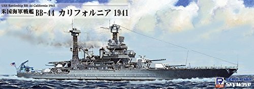 Pit-Road Skywave W-187SP USS Battleship BB-44 California 1941 1/700 scale kit