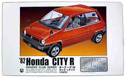 Arii Owners Club 1/24 13 1982 Honda City R 1/24 Scale Kit (Microace)