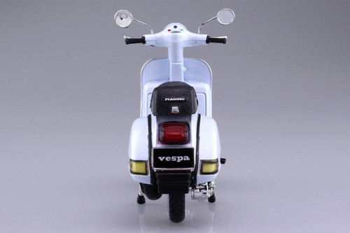 Aoshima Skynet 03395 Vespa P200E (1978/White) 1/12 scale Finished Model