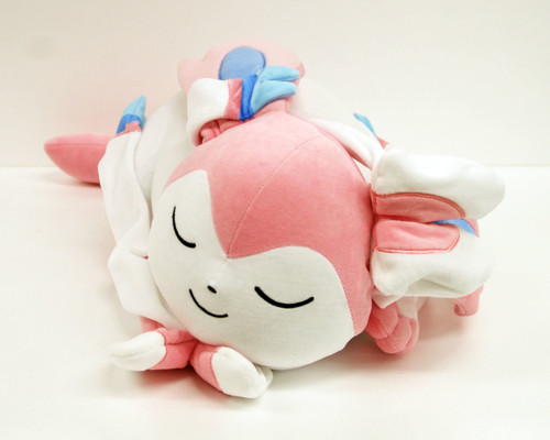 Pokemon Center Original Plush Doll Sleeping Sylveon (Nymphia) 826-221113