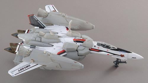 Bandai 581297 Macross Super Messiah Valkyrie Alto Type 1/72 Scale Kit