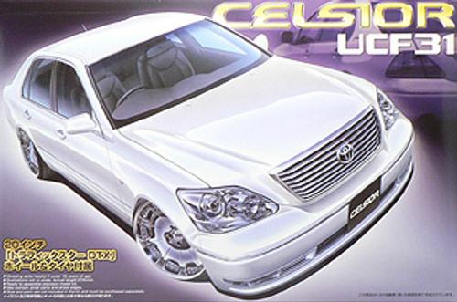 Aoshima 39762 Toyota Celsior (UCF31) Custom 1/24 Scale Kit