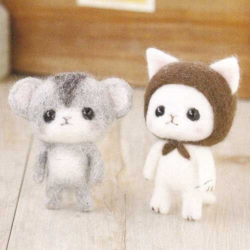 Hamanaka H441-371 Felt Wool Mascot Cat & Hamster Kit