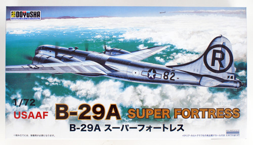 Doyusha 400968 USAAF B-29A Superfortress Enola Gay 1/72 Scale Plastic Kit