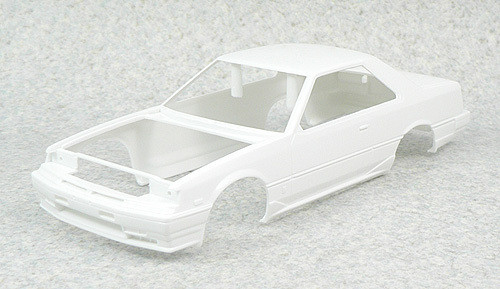 Aoshima 41376 Nissan Skyline HT 2000 Turbo RS-X (KDR30) 1983 1/24 Scale Kit