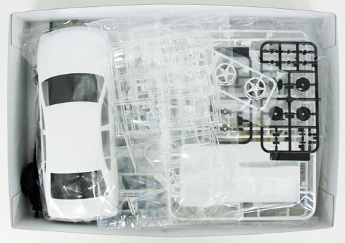 Aoshima 56684 The Model Car 97 Toyota JZS161 Aristo V300 Vertex Ed. '97 1/24 Scale kit