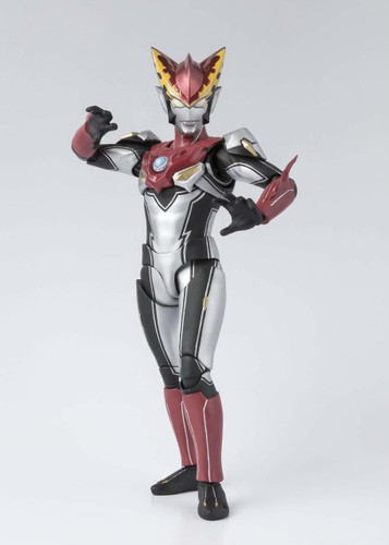 Bandai S.H. Figuarts Ultraman R/B Ultraman Rosso Flame Figure