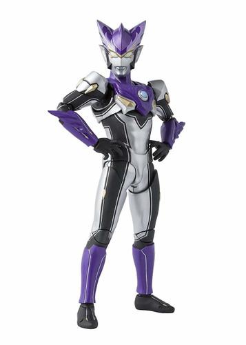 Bandai S.H. Figuarts Ultraman R/B Ultraman Rosso Wind Figure