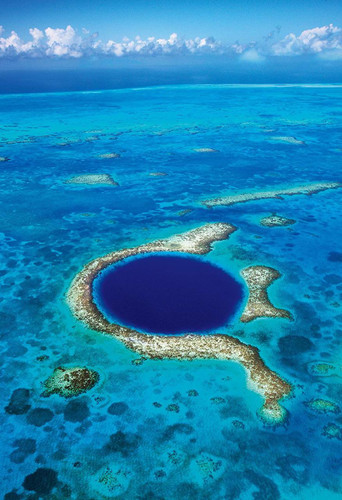Apollo-sha Jigsaw Puzzle 48-634 Superb View of World Great Blue Hole Belize (300 Pieces)