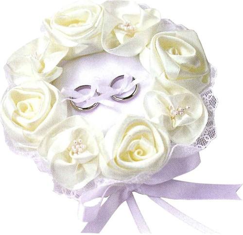 Hamanaka H431-120 Wedding Kit Wedding Rose Ring Pillow White