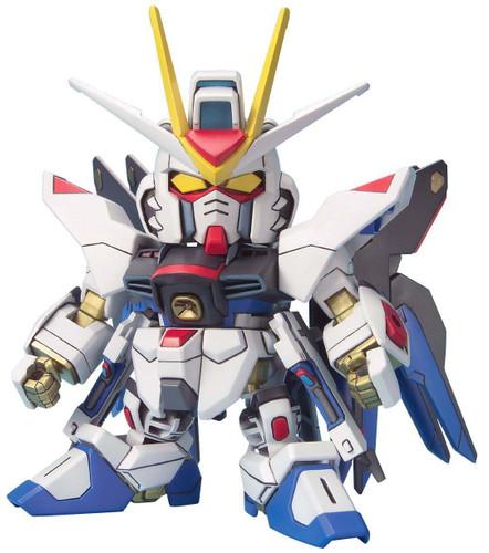 Bandai SD BB 288 Strike Freedom Gundam Plastic Model Kit