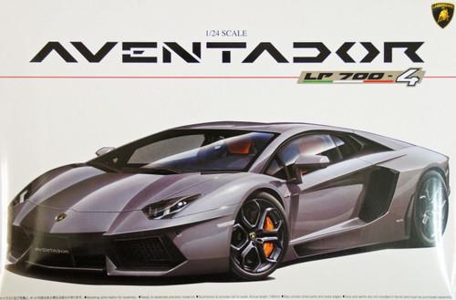 Aoshima 01424 Lamborghini Aventador LP700-4 1/24 Scale Kit