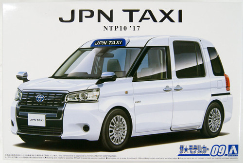Aoshima 57124 The Model Car 9 Toyota NTP10 JPN Taxi '17 Super White II 1/24 Scale Kit