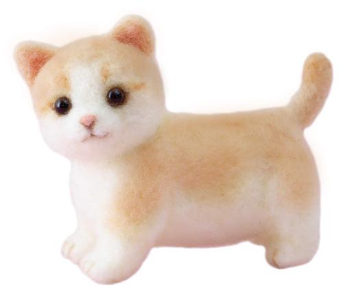 Hamanaka H441-538 Aclaine Felt Wool Mascot Manchikan Cat Kit