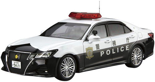 Aoshima Model Car 110 Toyota GRS214 Crown Patrol Car for Traffic Control '16 1/24 Scale Kit