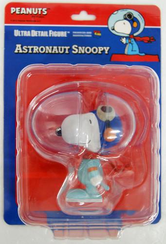 Medicom UDF-161 Ultra Detail Figure Peanuts Astronaut Snoopy