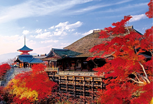 Epoch Jigsaw Puzzle 10-786 Japanese Landscape Colored Leaves Kiyomizu Temple in Kyoto (1000 Pieces)