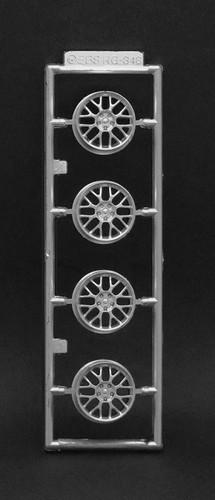 Fujimi 193625 W-103 1/24 Scale Racing BBS RG346 17-inch Wheel