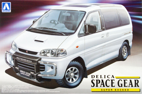 Aoshima 09642 Mitsubishi Delica Space Gear Super Exceed 1/24 Scale Kit
