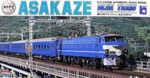 Arii 702017 EF65TYPE Blue Train Sakura 1/80 Scale Kit