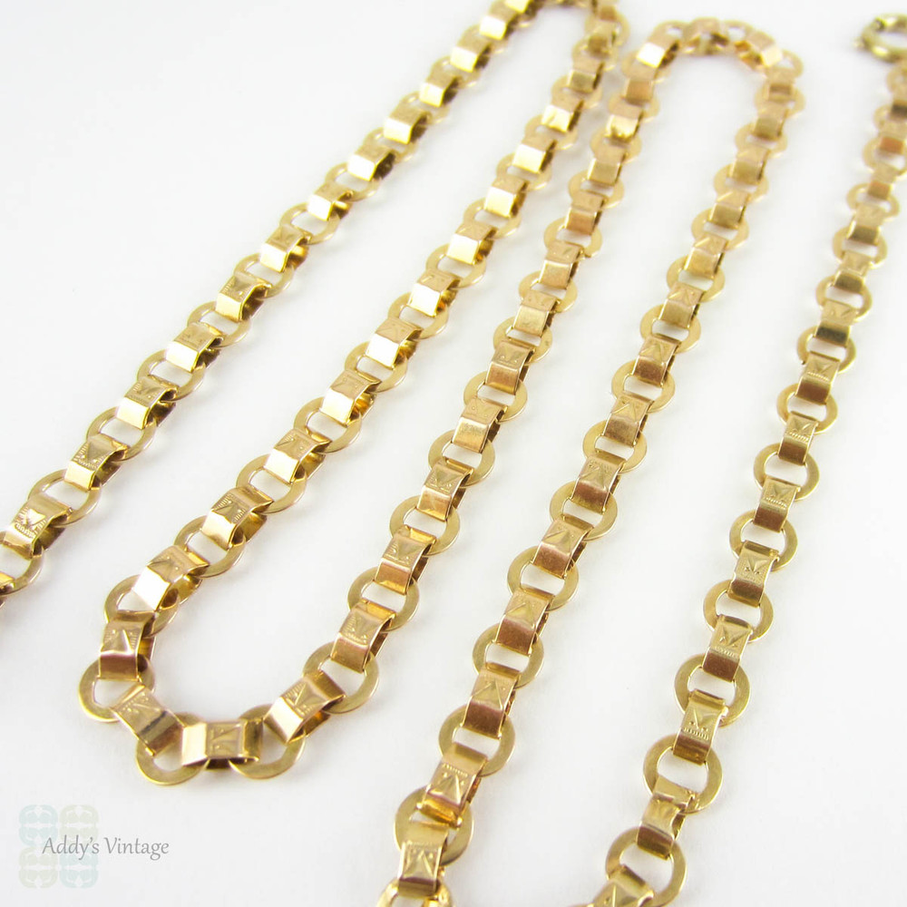 Antique Gold Chain Necklace, 9 Carat Gold Fancy Flat Engraved Link Necklace Book Chain. Late 19th Century, 43.2 cm / 17 inches, 9.4 grams.