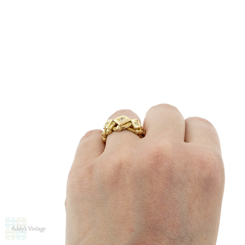 Triple Lover's Knot Diamond Ring, Engraved Keeper Band, 18k 18ct Gold, Circa 1910s.