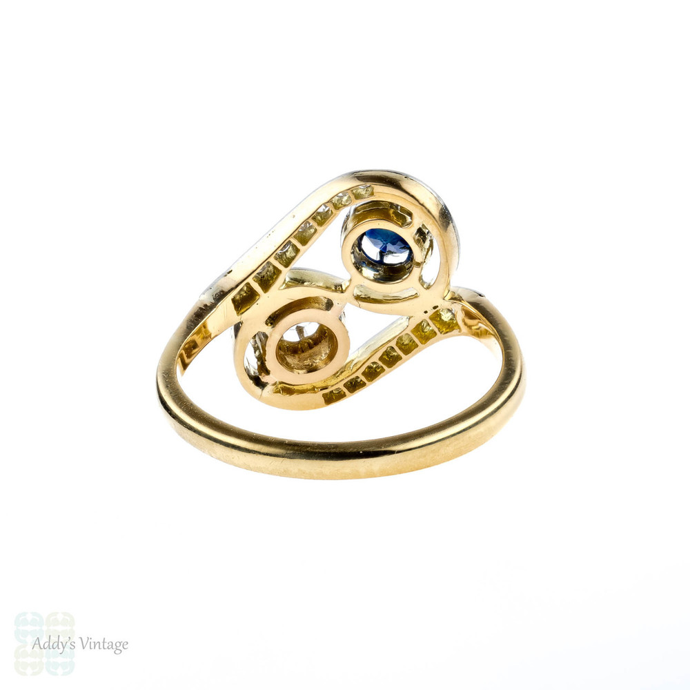 French Diamond & Sapphire Ring, 1930s Toi et Moi Ring. 18ct Yellow & White Gold.