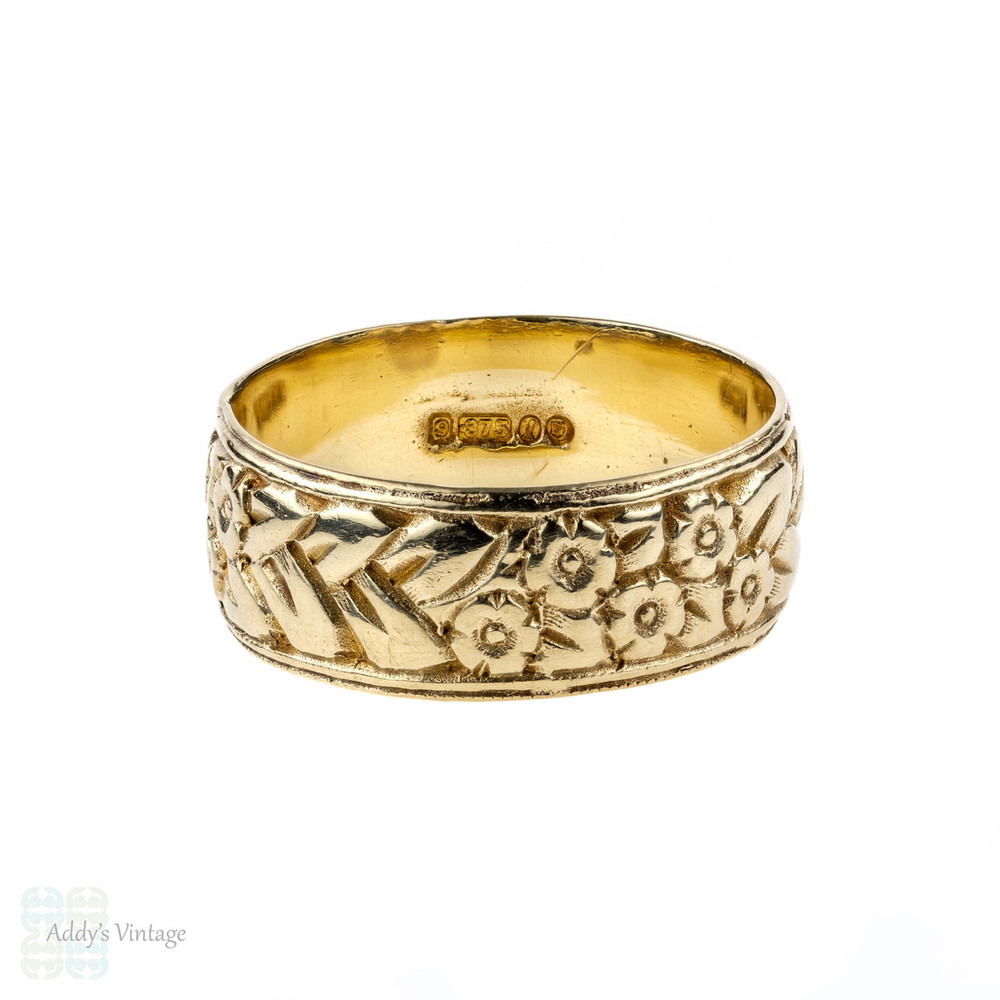 Engraved 9ct Gold Vintage Wedding Band, Wide 9k Floral Ring. Size P / 7.75.